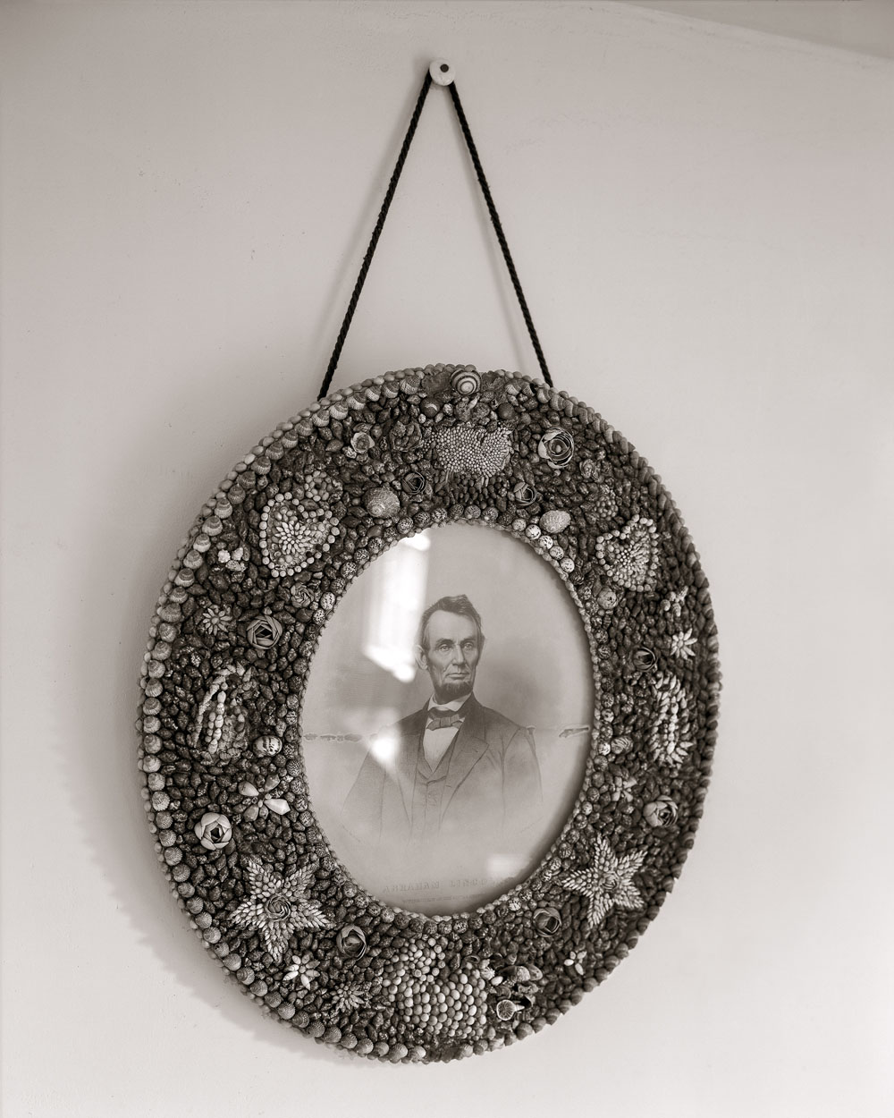 Linda Connor, Lincoln in Shell Frame, 2006