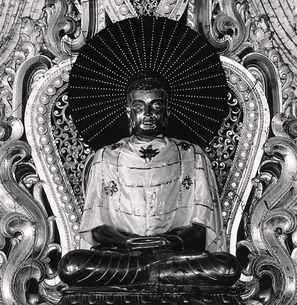 Michael Kenna, Black Buddha, Mandalay, Myanmar, 2019