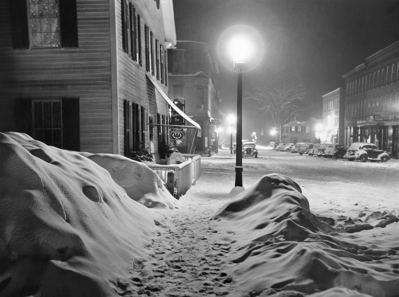 Marion Post Wolcott, After a Blizzard, Woodstock, VT, 1940 gelatin silver print, 8 x 10 inches