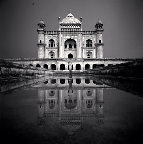 Michael Kenna, Safdar Jang, Study 1, Delhi, India, 2006