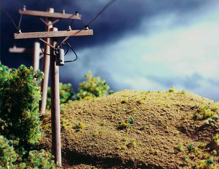 Lori Nix, Telephone, 2001
