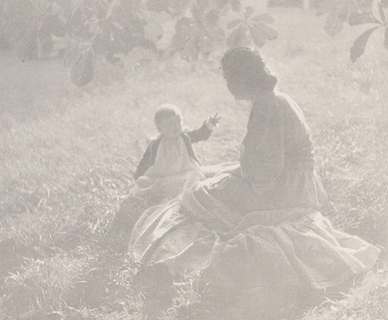 Edward Steichen, Mother and Child – Sunlight from Camera Work XIV, 1906 photogravure