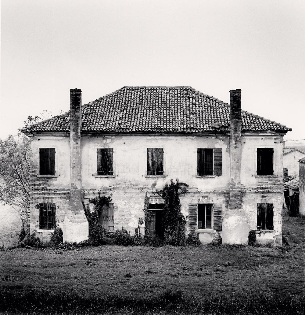 Michael Kenna, Derelict Home, Ariane nel Polesine, Rovigo, Italy, 2018